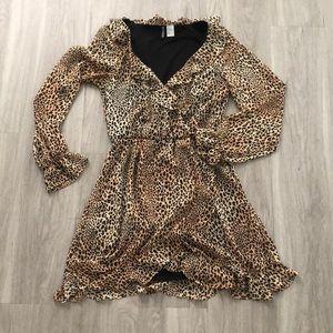 Dresses & Skirts - Leopard Print Ruffle HnM Dress